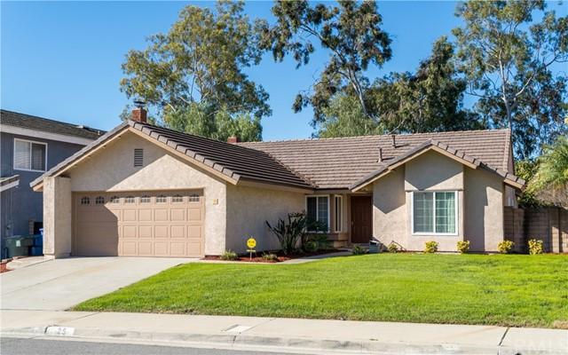 25 Country Wood Drive, Phillips Ranch, CA 91766