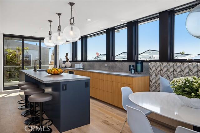 124 15 Place, Manhattan Beach, California 90266, 4 Bedrooms Bedrooms, ,4 BathroomsBathrooms,For Rent,15,SB21059805