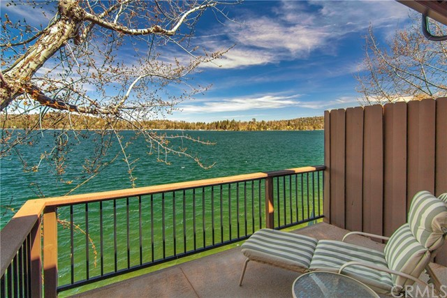 184 State Highway 173 13, Lake Arrowhead, CA 92352