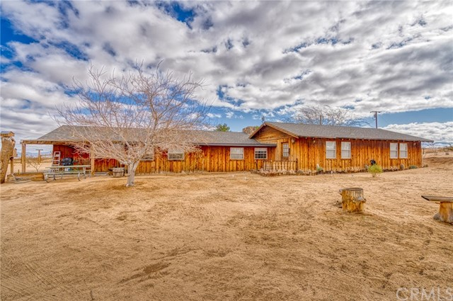 1918 Goat Mountain Road, Landers, CA 92285