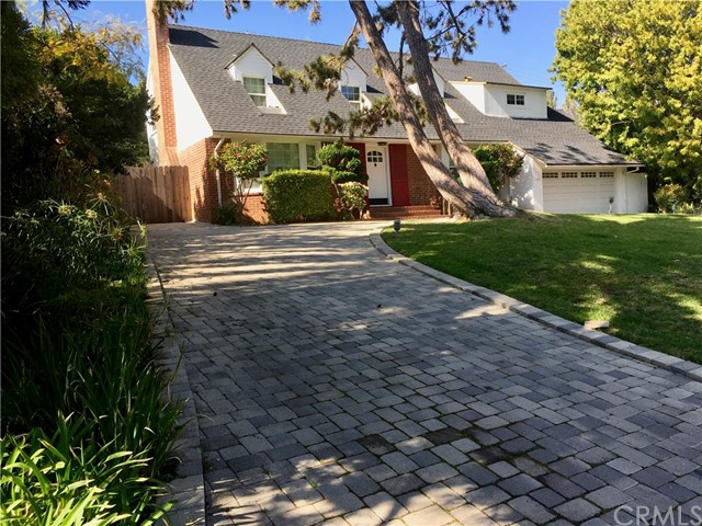 Photo of 135 N Canyon View Drive, Brentwood, CA 90049
