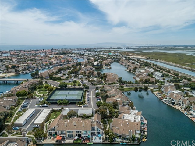 16141 Saint Croix Circle, Huntington Beach, CA 92649