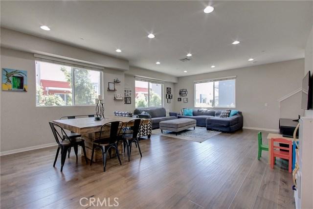 5747 Acacia Lane, Lakewood, CA 90712