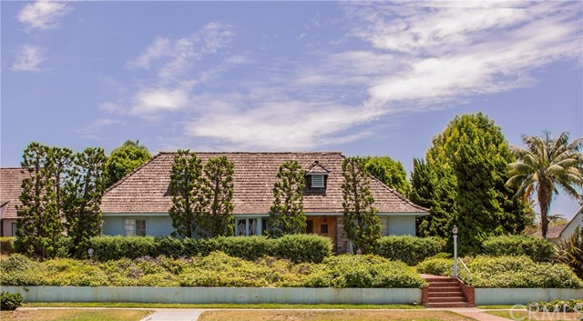 3942 Country Club Drive, Long Beach, California 90807, 3 Bedrooms Bedrooms, ,2 BathroomsBathrooms,Single Family Residence,For Sale,Country Club,OC20142524