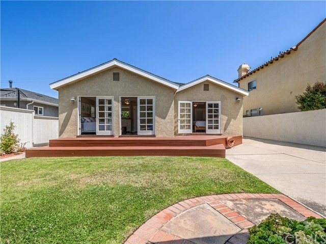 1826 8th Street, Manhattan Beach, California 90266, 3 Bedrooms Bedrooms, ,2 BathroomsBathrooms,For Sale,8th,SB20139233