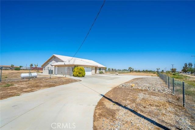 10788 Columbine Rd, Oak Hills, CA 92344 Photo 3