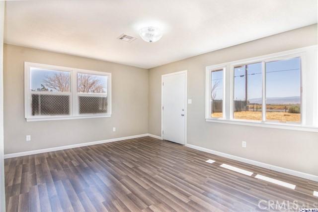 8717 Avenue F, Lancaster, California 93536, 3 Bedrooms Bedrooms, ,1 BathroomBathrooms,For Sale,Avenue F,319003473