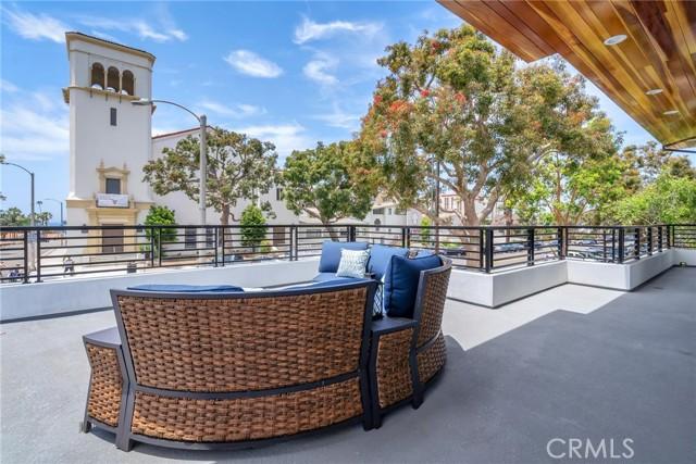 11. 242 S Broadway Redondo Beach, CA 90277