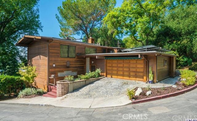 1321 Cedar Court Road Road, Glendale, CA 91207