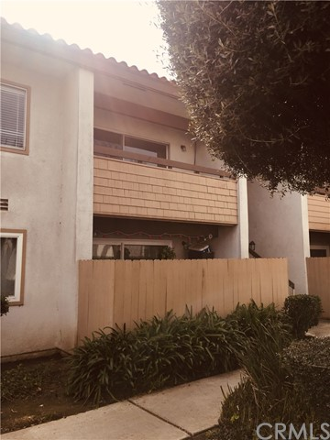 2511 W Sunflower Avenue D10, Santa Ana, CA 92704
