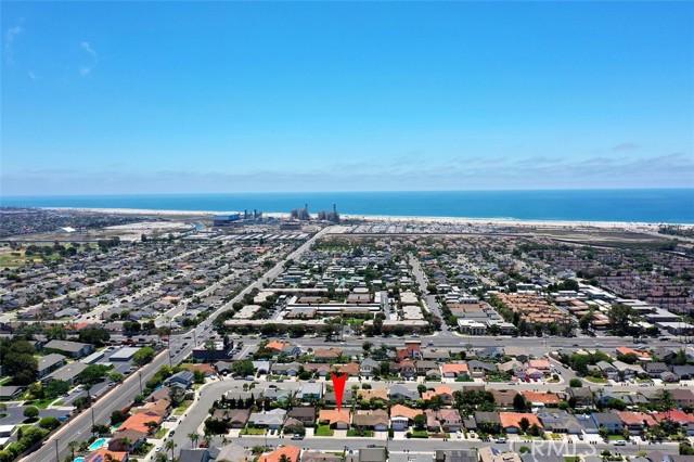 26. 8402 Castilian Drive Huntington Beach, CA 92646
