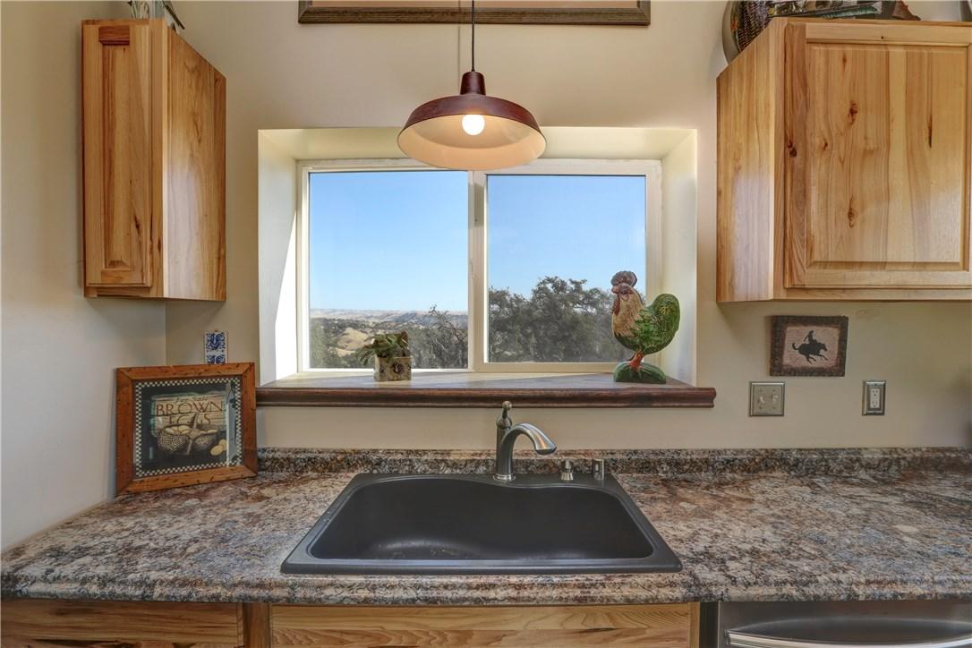 4265 Nickel Creek Rd, San Miguel, CA 93451 Photo 8