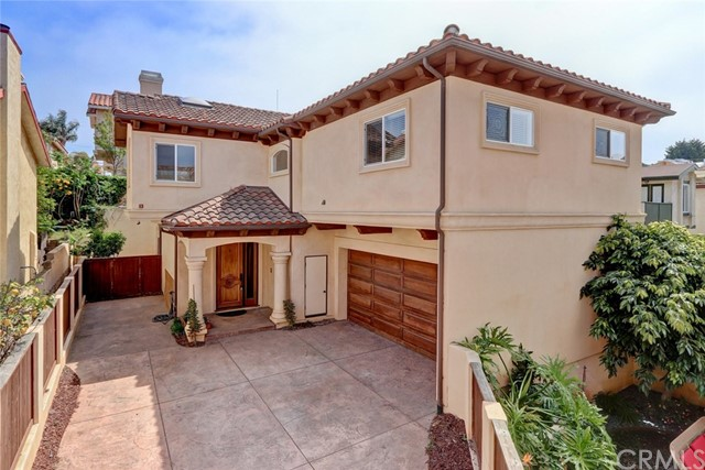 1718 Harriman Lane B, Redondo Beach, California 90278, 4 Bedrooms Bedrooms, ,2 BathroomsBathrooms,For Sale,Harriman,SB18109577
