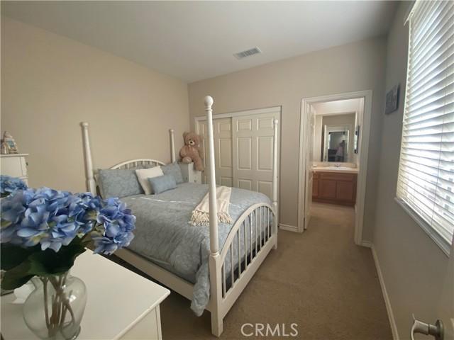 37. 25422 Magnolia Lane Stevenson Ranch, CA 91381