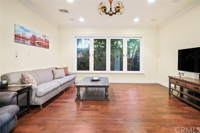 3806 Vantage Avenue, Studio City, California 91604, 5 Bedrooms Bedrooms, ,4 BathroomsBathrooms,Single Family Residence,For Sale,Vantage,DW21013076