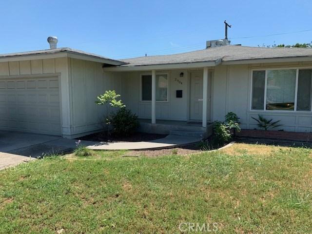 2904 E Richert Avenue, Fresno, CA 93726