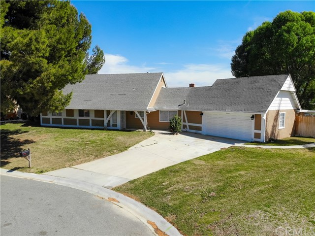2051 Indian Horse Drive, Norco, CA 92860