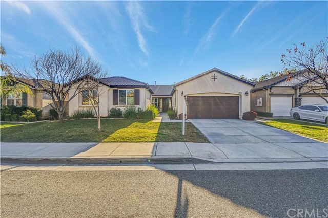 28233 Little Lake Court, Menifee, CA 92585