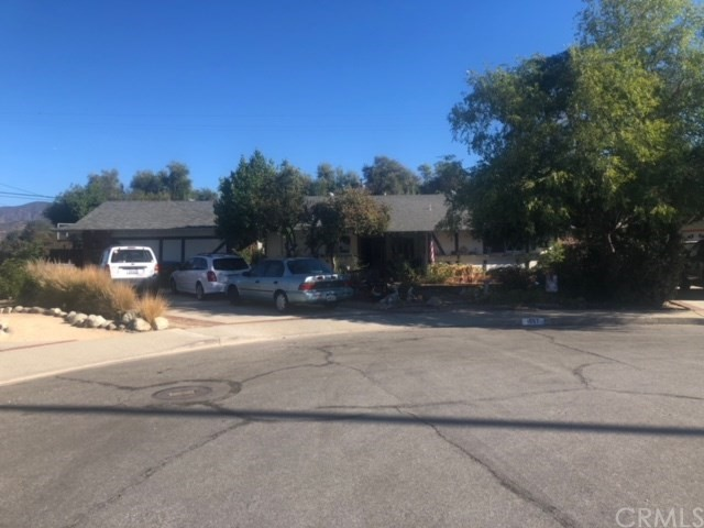 1697 Lowell Avenue, Claremont, CA 91711