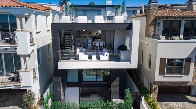 2240 Hermosa Avenue, Hermosa Beach, California 90254, 4 Bedrooms Bedrooms, ,1 BathroomBathrooms,For Sale,Hermosa,SB21012293