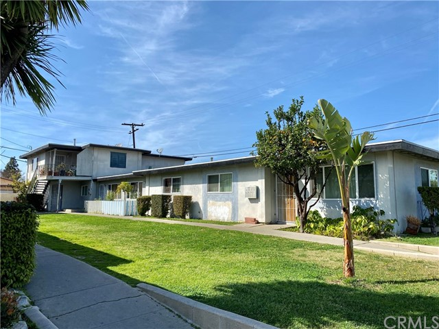 17361 Keelson Lane, Huntington Beach, CA 92647