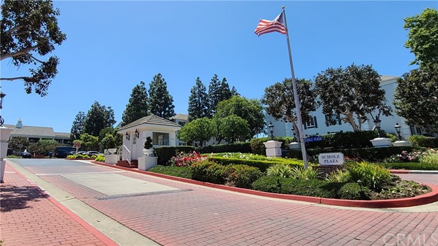 260 Cagney Ln, Newport Beach, CA 92663