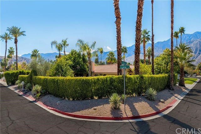 515 S Canon Drive, Palm Springs, CA 92264