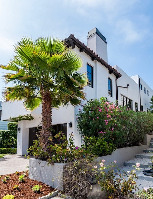 429 24th Street, Hermosa Beach, CA 90254