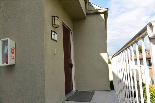 17641 Sergio Circle 204, Huntington Beach, CA 92647