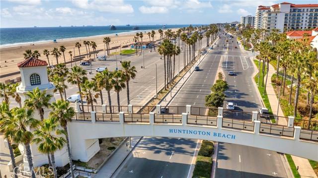 16416 Grimaud Lane, Huntington Beach CA: https://media.crmls.org/medias/1f17242b-feba-4772-828d-04e347cb735d.jpg