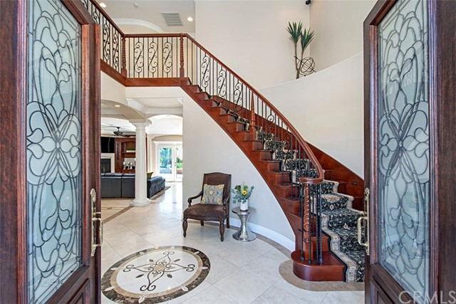 Stunning, Mediterranean beauty on private ½ acre lot in Meadowview! 