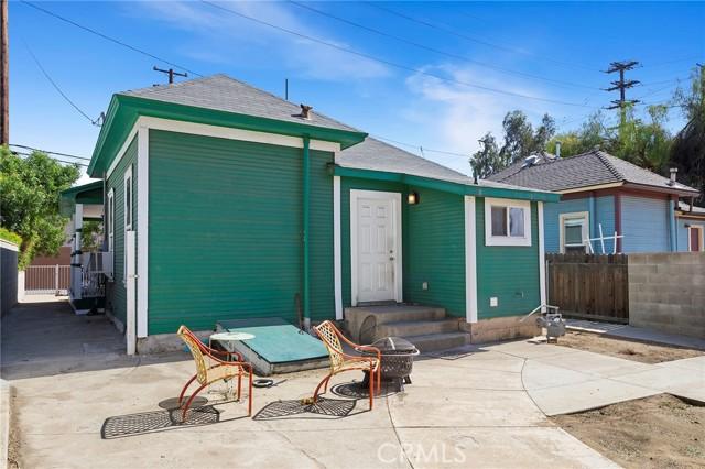 21. 511 E Central Avenue Redlands, CA 92374
