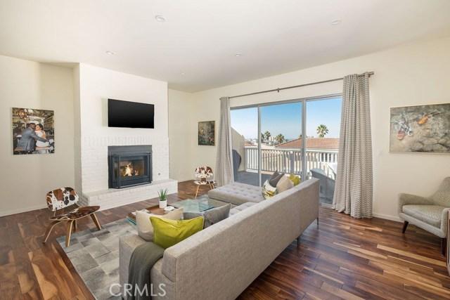 222 Guadalupe Avenue 5, Redondo Beach, California 90277, 4 Bedrooms Bedrooms, ,1 BathroomBathrooms,For Sale,Guadalupe,SB19253760