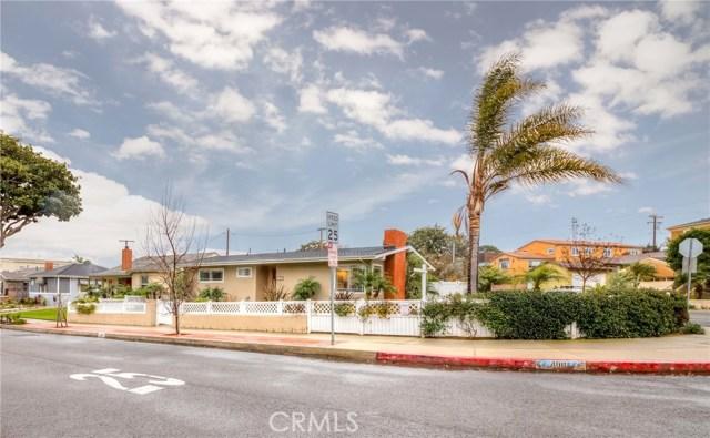400 Avenue D Avenue, Redondo Beach, California 90277, 2 Bedrooms Bedrooms, ,1 BathroomBathrooms,For Sale,Avenue D,SB19032912
