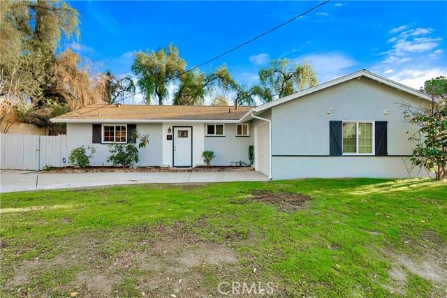 20710 Clark Street, Woodland Hills, CA 91367
