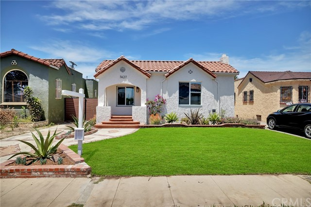 7427 Dalton Avenue, Los Angeles, CA 90047