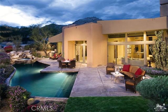 137 Navtem Place Place, Palm Desert, CA 92260