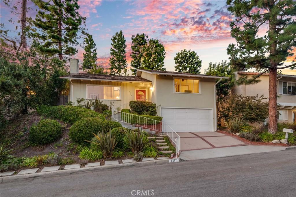 Photo of 2217 Via Alamitos, Palos Verdes Estates, CA 90274