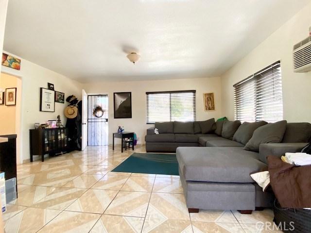 1089 Harris Av, City Terrace, CA 90063 Photo 6