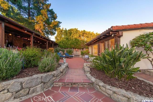 2527 Community Av, Montrose, CA 91020 Photo 48
