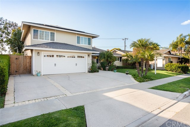 2755  Lorenzo Avenue, Costa Mesa, California