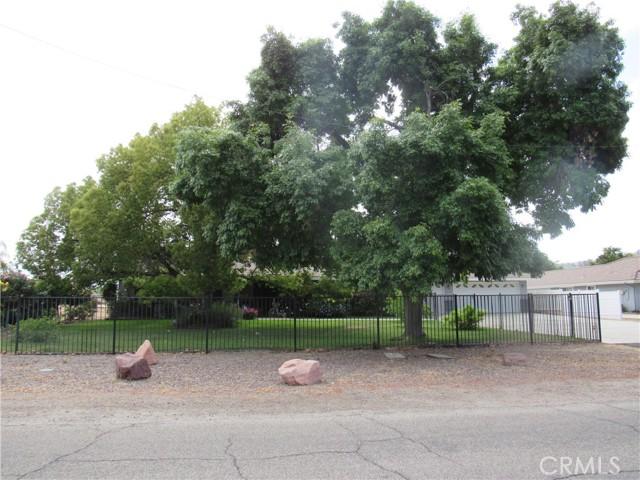 Photo of 27410 Hemet Street, Hemet, CA 92544