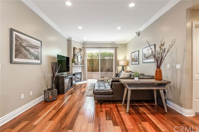 1444 S Point View Street 106, Los Angeles, CA 90035