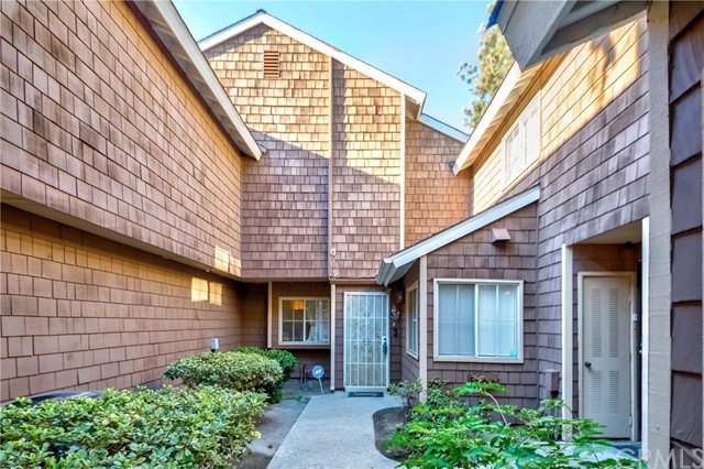 Welcome Home to 12555 Euclid St. #53 in the High in Demand City of Garden Grove! Lovely remodeled Townhome nestled in a quiet Lake Grove gated community! Offering a 3 Bed / 2.5 bath floor plan with appx. 1,110 sq ft of abundant living space! End unit Townhome w/2 car garage with direct access - only 4 units in the community with this feature! Large living room w/views of the lake opens up to an elegantly remodeled kitchen w/granite countertop w/breakfast bar plus separate dining space to enjoy hosting family & friends! Main floor also has a 1/2 bath for guests & a kitchen pantry. Second floor provides a huge Master Suite w/marble flooring, luxurious en-suite bath w/soaking jetted tub, separate walk-in shower, dual sinks w/custom under lighting & more! Remaining two bedrooms are abundant in size w/ample closet space & share a hallway bath. Private back patio offers a great space for bbq's or to relax and enjoy the serene lake view and lush atmosphere. 2 car garage w/direct access into the home, convenient laundry hookups in the garage! Lake Grove HOA inc: Water, Trash, Pool, Spa, Lake/Waterfalls, Secure Gated Community & more! Centrally located near shopping, dining, schools, parks, entertainment & easy fwy commute. Don't miss this once in a lifetime opportunity!!