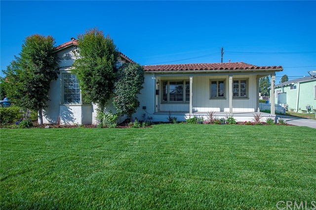 9217 S 8th Avenue, Inglewood, CA 90305