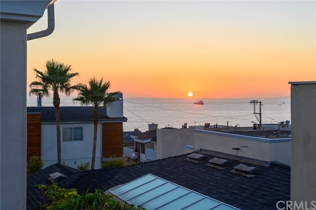 Property for sale at 3317 Vista Drive, Manhattan Beach,  California 90266