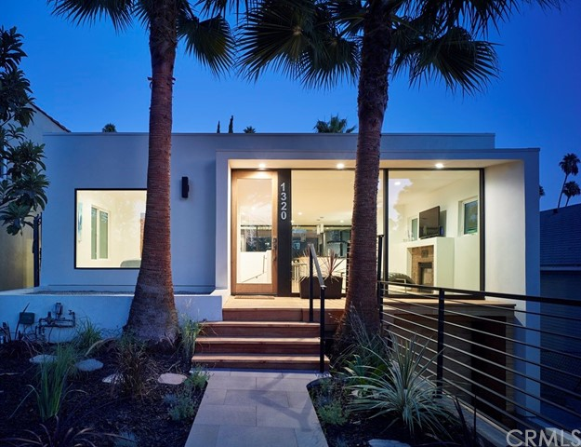 1320 Angelus Avenue, Los Angeles, CA 90026