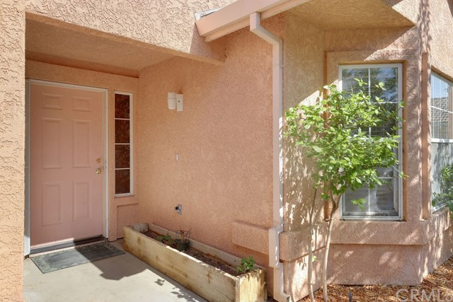 322 Park Sharon Dr, Los Banos, CA 93635 Photo 2