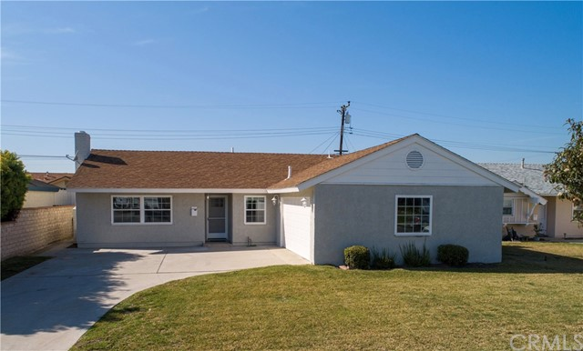 15801 Hummingbird Lane, Huntington Beach, CA 92649