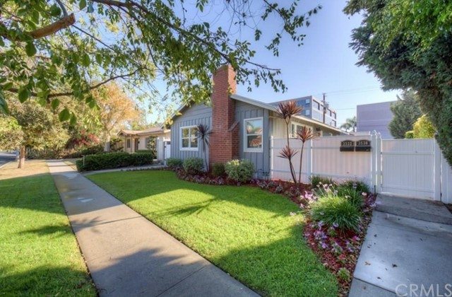 3530 Locust Avenue, Long Beach, CA 90807